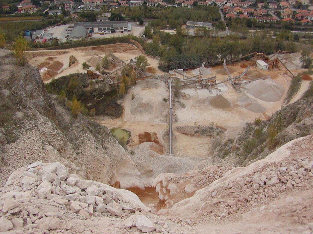 Fragile Srl - Mining 4