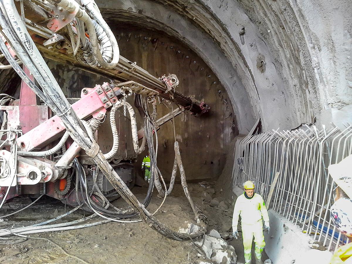 Fragile Srl - Tunneling 1
