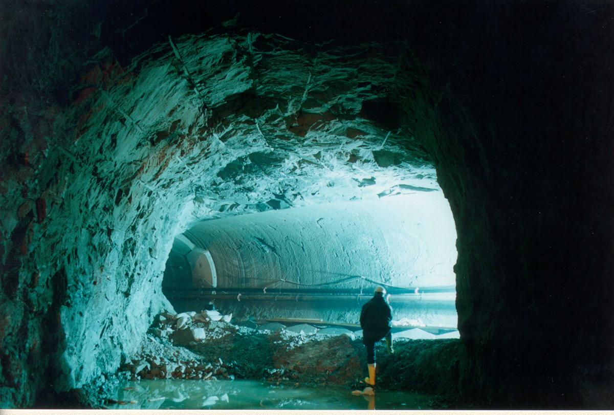 Fragile Srl - Tunneling 3