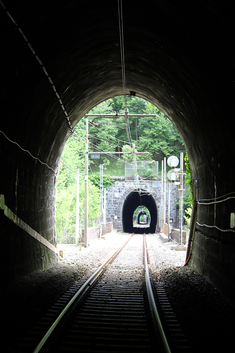 Fragile Srl - Tunneling 4