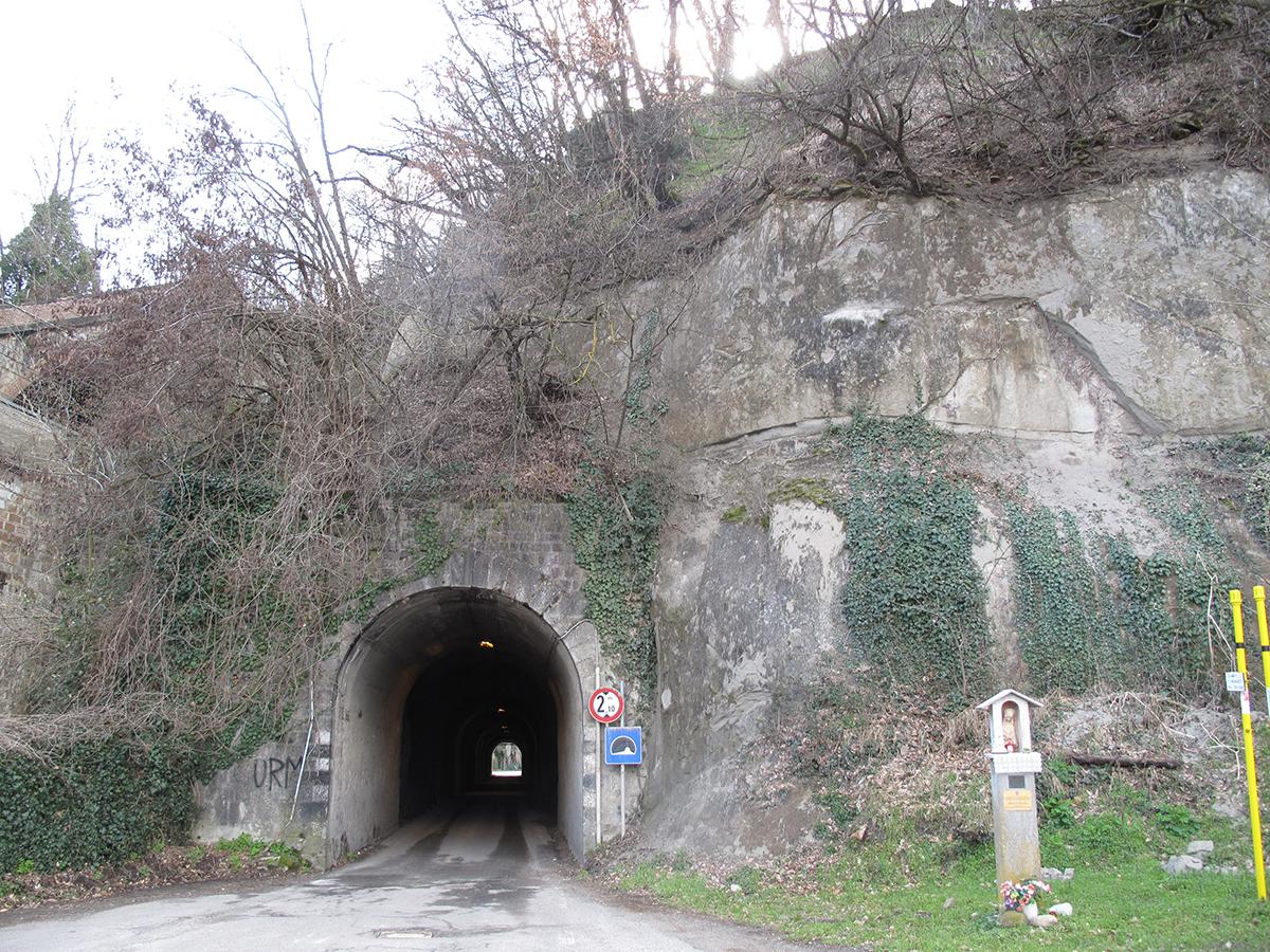 Fragile Srl - Tunneling 5