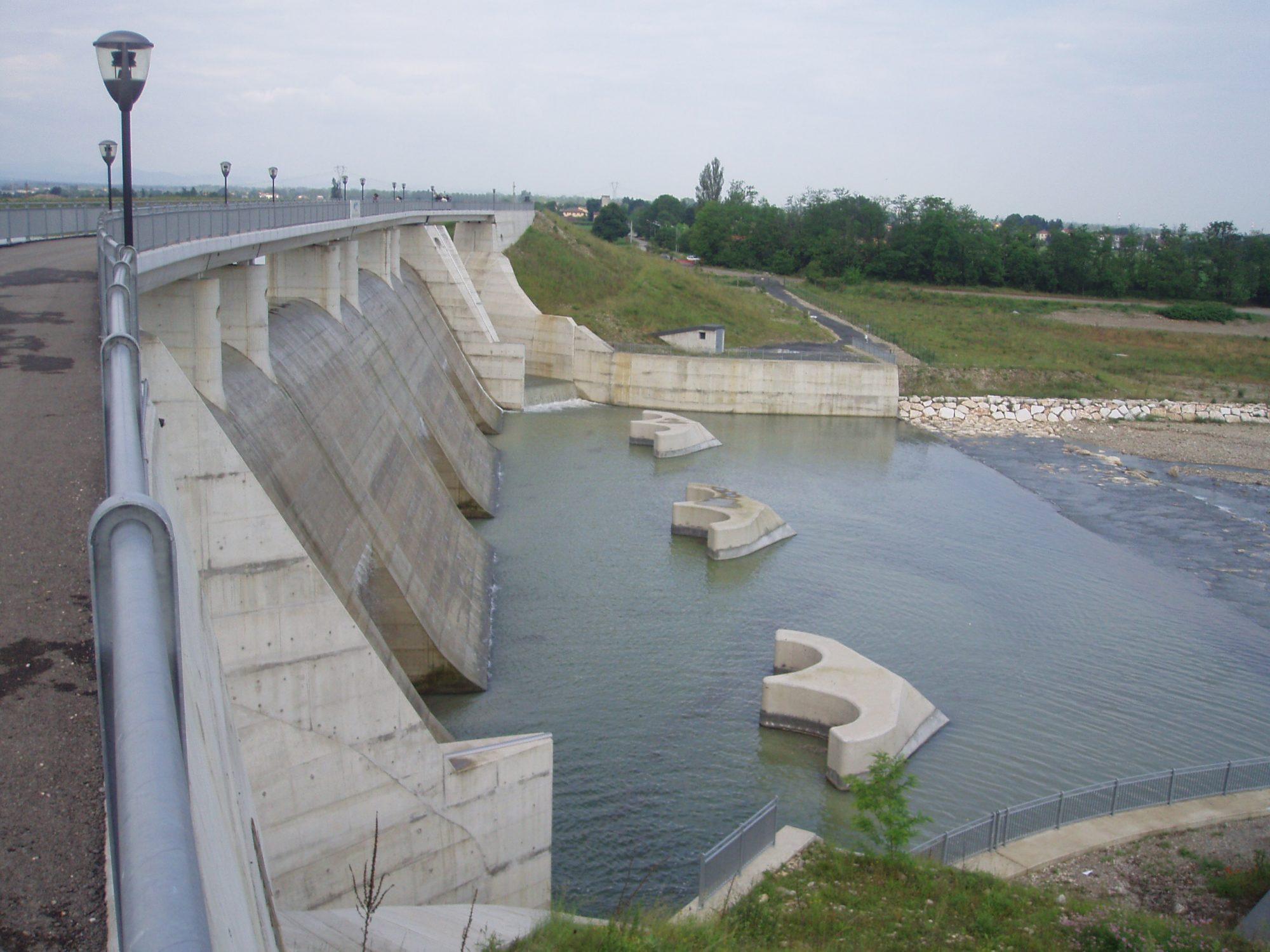 Fragile Srl - Dams&Levees 13
